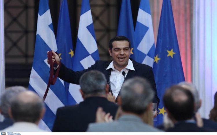 Ο Τσίπρας,η σοσιαλδημοκρατία και το πέταγμα της γραβάτας