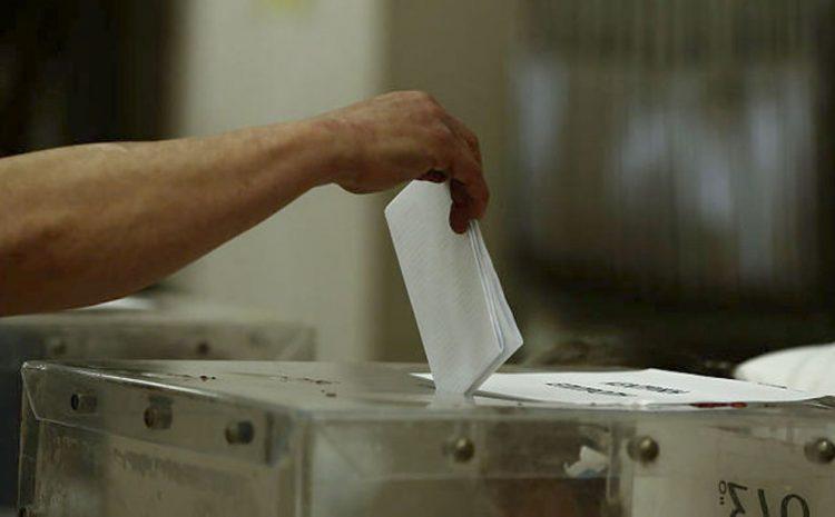Το σπάσιμο της Β΄ Αθηνών και το εκλογικό σύστημα της χώρας